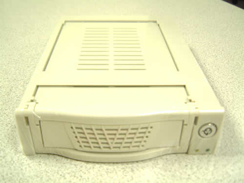 mobile dock for ide hard drives, removable frame and tray, drive module, data carrier